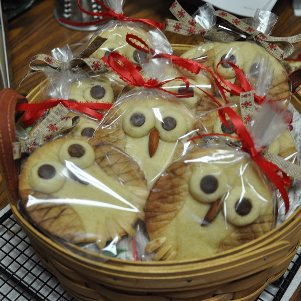Almond Shortbread Owl Cookies wrapped up for Bunco.